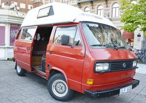 Island, Tysklans och så Sundsvall. Urban Grubbs Wolksvagenbuss har sett mycket av världen i sina dagar.