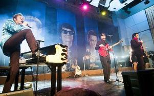 The Legends i Kristinehallen. Jerry Carlson som Jerry Lee Lewis, Johhny Duvert som Roy Orbison och Henrik Åberg som Elvis Preslley. Foto: Mikael Forslund