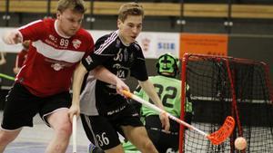 Tio spelare har lämnat IBK Sala för konkurrenten Silverstaden – men Martin Löfgren kör vidare.