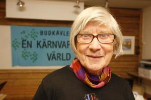 Inger Holmlund är nöjd över att en folkopinion i landet har börjat bildats.