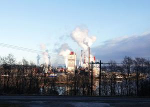 Det kommer att bli en del bullerstörningarna från Östrands massafabrik de närmaste veckorna.