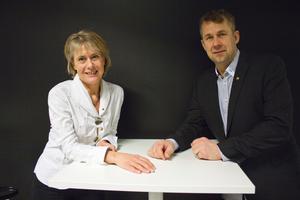 Marianne Wientorp med Michael Karlsson som har kommit på ett sätt att minska antalet viltolyckor. De har skapat en prototyp på en sluss som djur kan passera åt endast ett håll. Tack vare den kan viltet ta sig bort från väggrenen tillbaka till skogen. Företaget, som kallas WK Viltslussen, har nominerats till Årets innovatör.