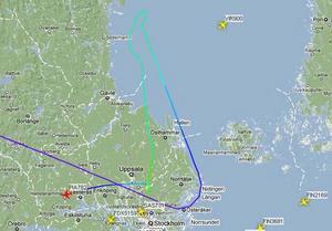 En skärmdump från www.flygradar.nu som visar flygplanets rutt över Gävlebukten bland annat.