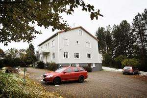 Verksamheten vid hemmet på Lasarettsvägen i Bollnäs får kritik från socialnämnden.