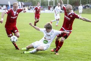 Förra säsongen vann Hudiksvall båda derbyna mot Söderhamn med 5–1 och 1–0.