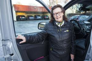 – Jag trivs jättebra här, säger Anita Karlsson från Handog