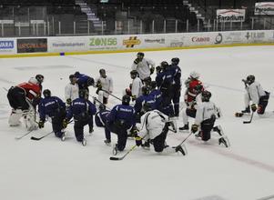 I måndags drog Sundsvall Hockey i gång isträningen.