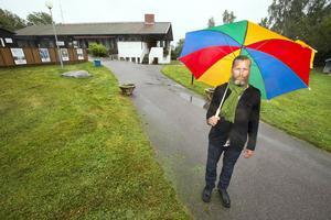 """ersättning. Magnus Edström (MP) har betalat 900 000 kronor i ersättning och dessutom 600 000 kronor i hyresnedsättning till Björnögården. """"Risken var stor att vi skulle förlora i en skadeståndsprocess"""", säger han.Foto: Rune Jensen"""