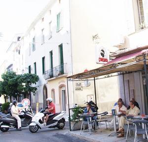 En typisk gata i Ajaccio.