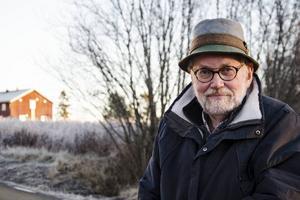 Sven Jansson har lärt känna flera av dem som bor i flyktinglägret och vill att fler ska ta till sig att det är individer som flytt från krigets vanvett.