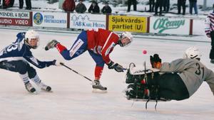 Oliver Sundström imponerade i segern mot AIK.