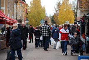 I morgon lördag väntas flera tusen besökare komma till Rättviksmarknad.