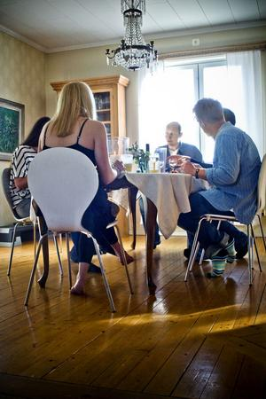 Att få möta trevliga Söderhamnare i deras hem är ett av de härligaste inslagen i Matstafetten.
