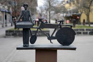 Del av skulpturgrupp av K. G. Bejemark.   Foto: Daniel Palmberg