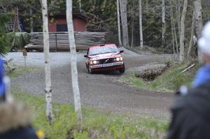 Hemmafavoriten Kaj Banck med kartläsare Richard Svensson i full fart.