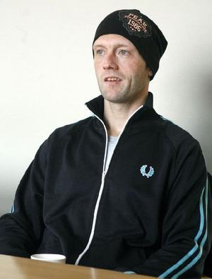 Efter en förlorad säsong är Stefan Larsson åter redo att äntra isen för elitseriespel igen.