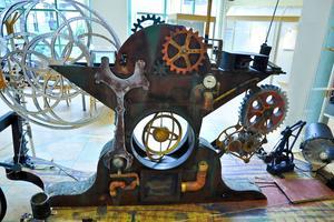 Evighetsmaskinen uppfunnen, världens energiproblem lösta. Eller ???