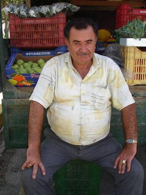Fruktförsäljare vid sitt flak i Skala.