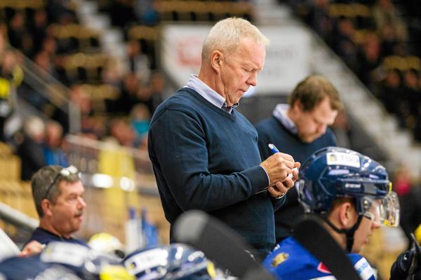 Lenny Eriksson byter bås i Division 1. Till hösten kommer han att leda Kalmar HC.
