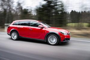 Bildtext 2: Det tog lång tid innan Opel gav sig in i