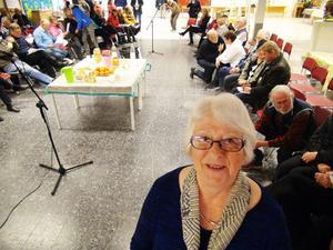 Arrangör för den välbesökta diskussionskvällen i Krokom var byföreningen med Birgitta Svanholm i spetsen.
