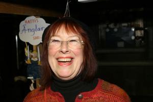 Många gröna vågare drog tillbaka till storstan efter några års rotfruktsodlande. Ädelskånskan Agneta Hattendorff stannade och blev kulturkändis i Nordanstig..