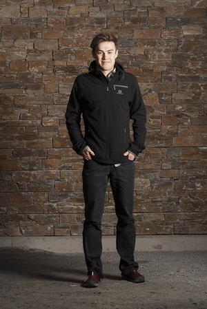Petter Engdahl valde bort skidspåren i Falun och Östersund för att jaga höjdmeter i Åre.