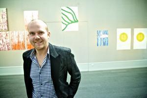 Joris Martens visar grafik och animerad film i utställningen Blow på Dalarnas musuem.