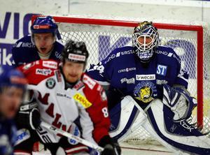 Joakim Lundström i Sundsvall Hockeys mål.