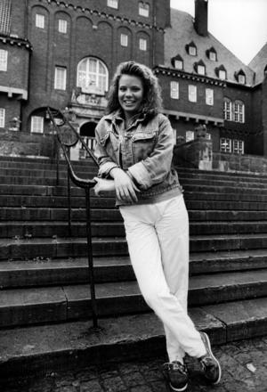 Den 1 augusti 1987 har Anna-Maria hunnit fylla 16 år. Hon trivs hemma i Orrviken men säger till ÖP:s reporter: