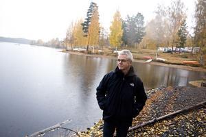 Kennet Andersson intervjuades 2013 i Fagersta-Posten om att det var lågt vatten i Lien men i år är vattnet lägre än det någonsin varit enligt han.