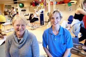 Fler patienter tidigare till sjukgymnastiken skulle spara 30 miljoner åt landstinget. Det menar sjukgymnastförbundets Pia Olsson och Anna Duvander.