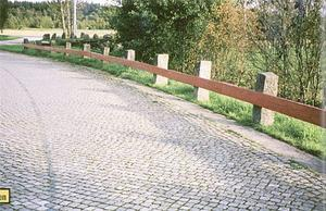 Rikstvåan utanför Ljungskile kan ståta med en bit riksväg som skyddats som byggnadsminne.