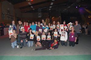 Här är några av årets stipendiater som på lördagen fick pengar ur ICA Olssons Ungdomsfond.