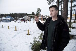 – Jag stod en och en halv meter från älgen, säger Jonas Nyberg.
