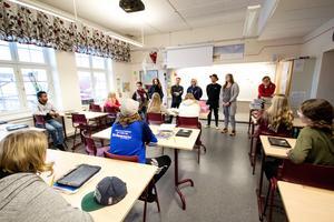 Alla elever känner till trygghetsteamet. Information har gått ut till  alla klasser och teamet syns på bilder i klassrummen.