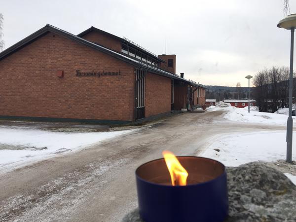 Samling i församlingshemmet i Sveg efter det tragiska dödsfallet.