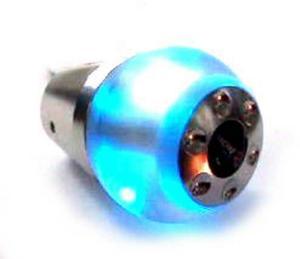Lys upp växelspaken med en knopp i lysande blått.