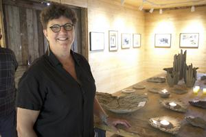 Anna Hedrén ställde ut både foto och keramik.