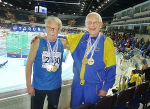 Två svenska Europamästare i H80 vid inne-VEM i Torun, Polen – Lars Wennblom, två EM-guld (60 m och stav), och Östen Edlund med tre EM-guld i diskus, slägga och viktkastning.