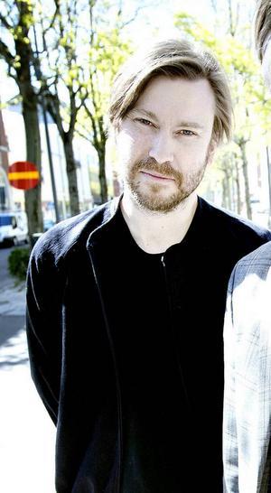 Mattias Beijmo är både socialdemokrat och ledamot av Svenskt Näringsliv. Han tycker att Svenskt Näringslivs undersökning är trams.