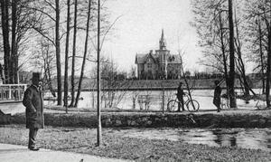 BARNBIDRAG. Rettigska barnhemmet byggdes 1881 där Konserthuset nu ligger och bekostades av tobaksfabrikören Robert Rettig och hans fru Adelaide.