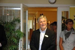 Nöjd. Lars Irenéus är chef för Arbetsförmedlingen i Tierp. Han tror att de kommer att gynnas av att Skatteverket och Försäkringskassan flyttar in i lokalerna.