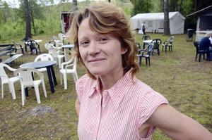 Trevligt. Maria Norberg tycker det är trevligt att arrangera marknad. Hon och de andra i föreningen får då tillfälle att träffa många gamla Bredsjöbor.