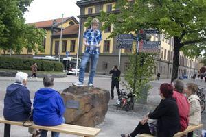 17-årige Johan Lindgren bor i Falun men pluggar på Globala gymnasiet i Stockholm. Det var genom hans medborgarförslag som talarhörnet blev verklighet.