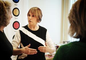 Karin Berg är kursledare i vedic art.