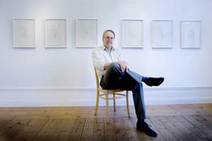 Med små gester. Lars Nyberg visar lika försynt som hisnande torrnålsgrafik på Galleri K.