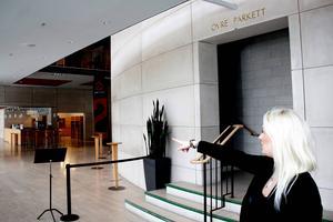 Den 22:a januari kommer tre scener att ställas upp i Konserthusets lobby.
