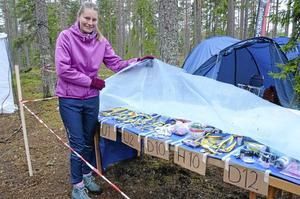 Nina Hallor höll alla medaljer torra i regnet.