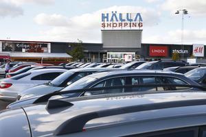 Hälla köpcentrum har fått en nytändning.